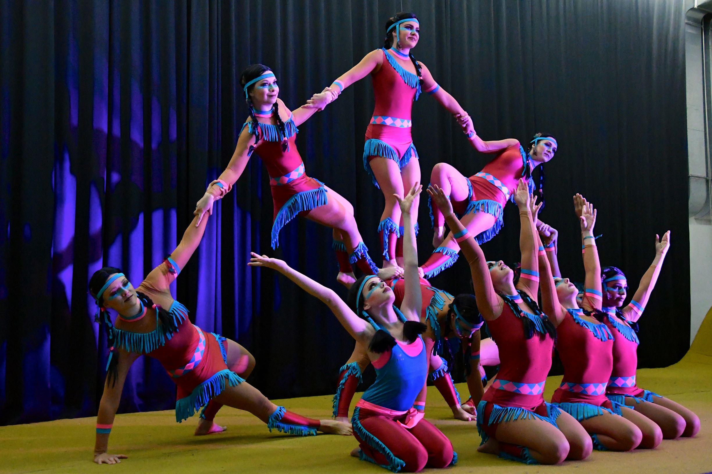 """Ein besonderes Highlight war die Akrobatikeinlage der Gruppe """"Cristallica"""""""