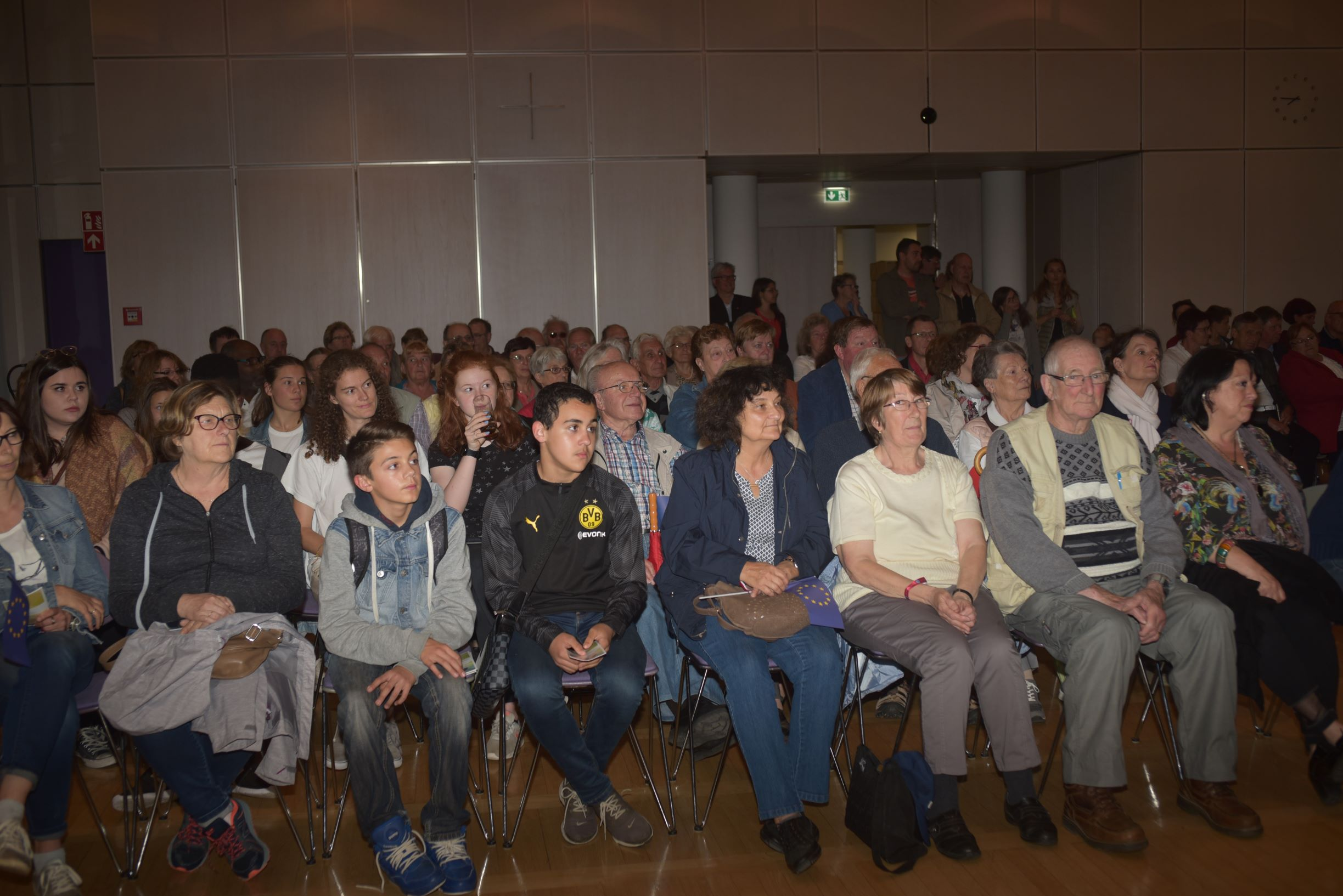 Bei 100 französischen Gästen war der Saal gut gefüllt