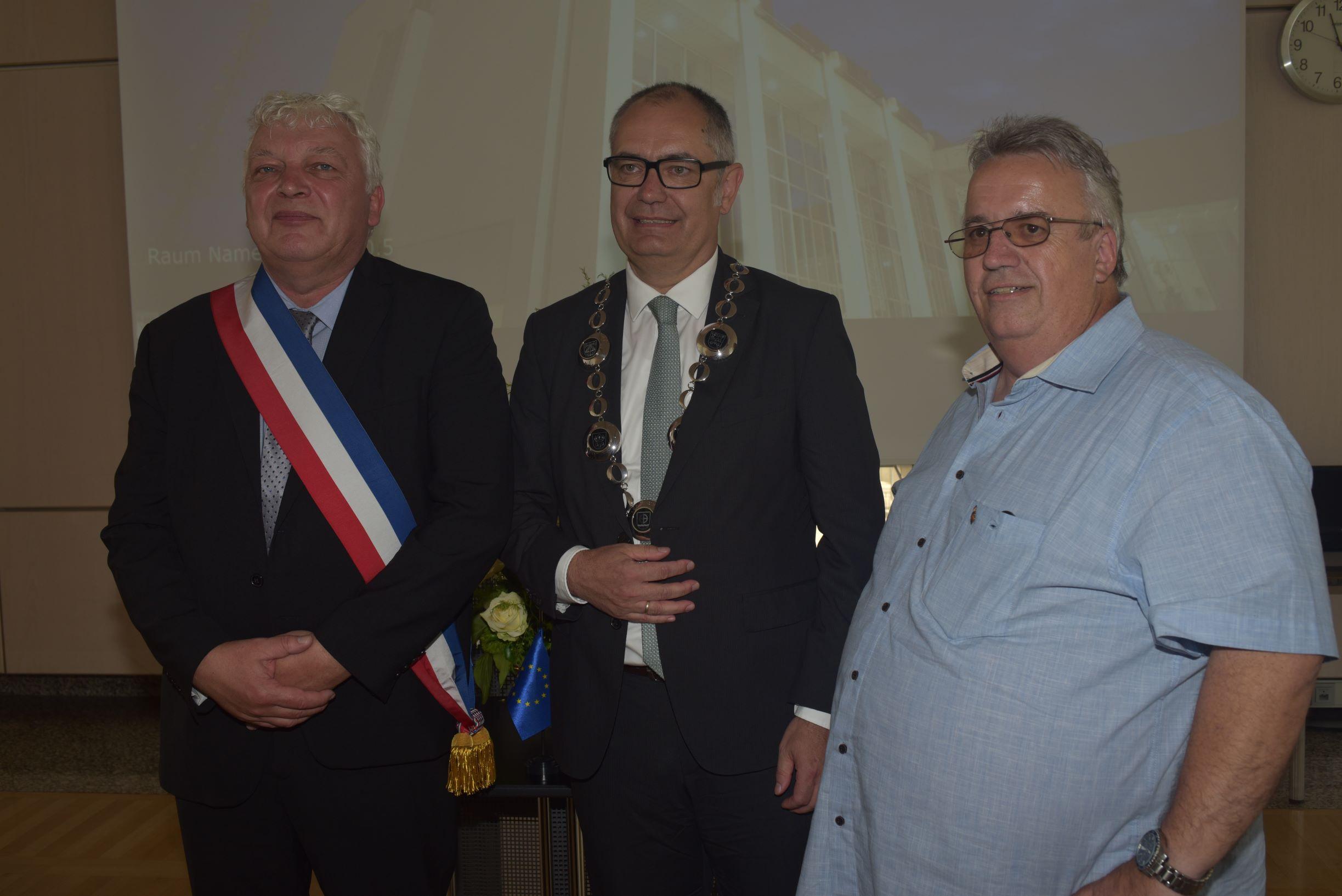"""Am Freitag wurde feierlich der neue """"Nogent-Saal"""" im Rathaus eingeweiht"""