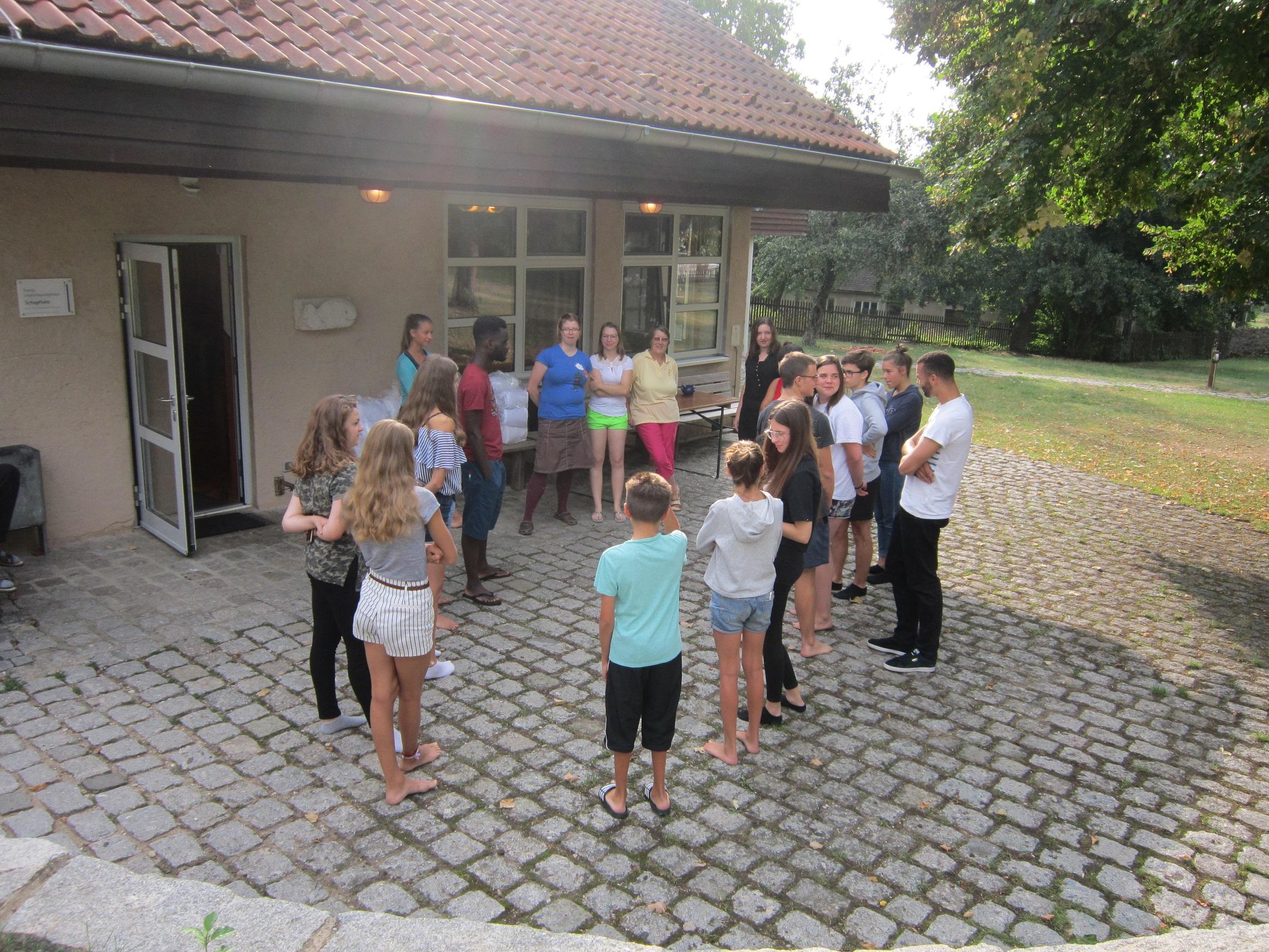 Im Jugendhaus in Schopflohe